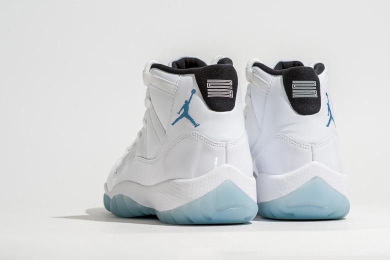 air-jordan-11-retro-legend-blue-4