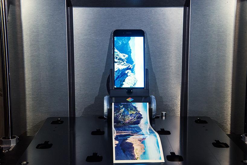 pierpaolo-lazzarini-giampaolo-scapigliati-printeroid-iphone-ipad-designboom-02
