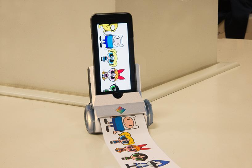 pierpaolo-lazzarini-giampaolo-scapigliati-printeroid-iphone-ipad-designboom-05