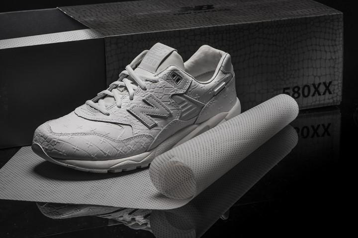 new-balance-mt580-white-leather-01