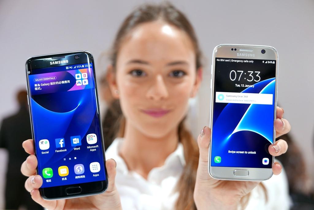 MWC-2016-Samsung-02