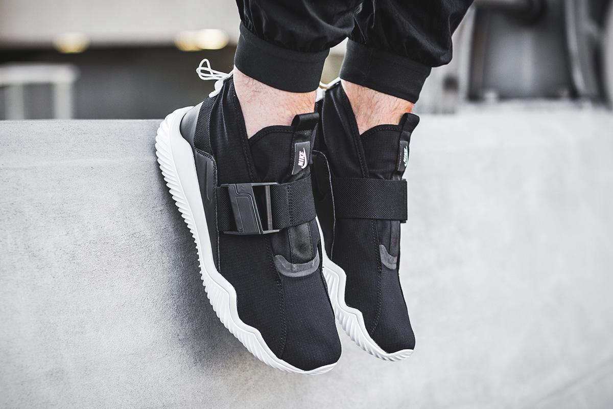 Nike Komyuter Premium BK03-1