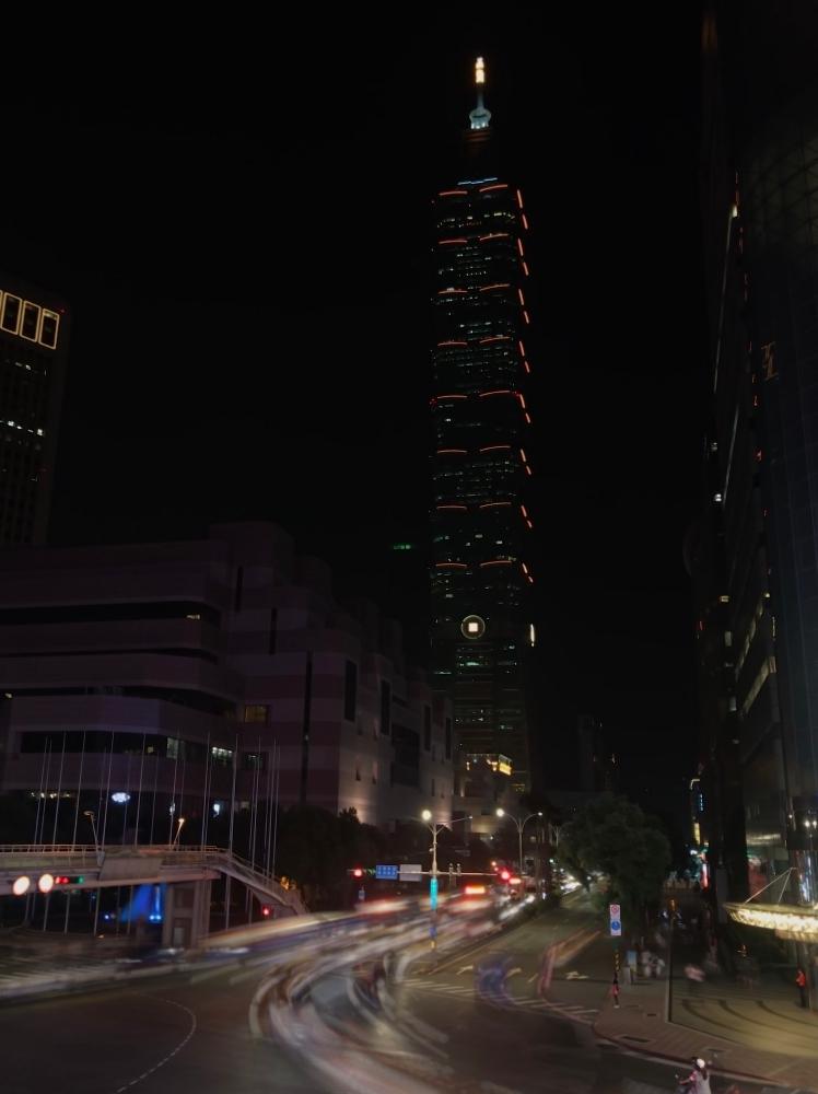 iPhone 7 Plus + Live Photo「長時間曝光」效果