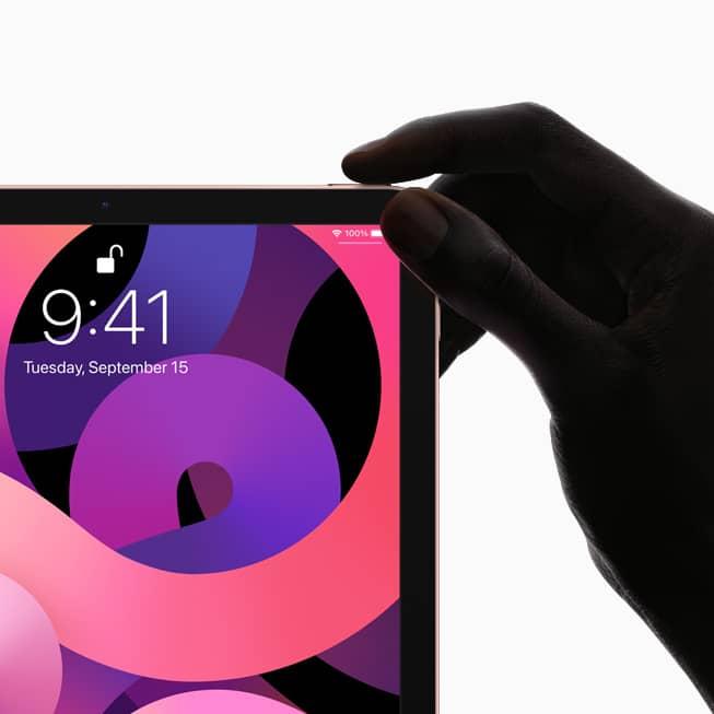 爆料指稱,iPhone SE Plus 不排除會將 Touch ID 功能整合至側邊電源鍵,就像去年推出的 iPad Air 一樣。